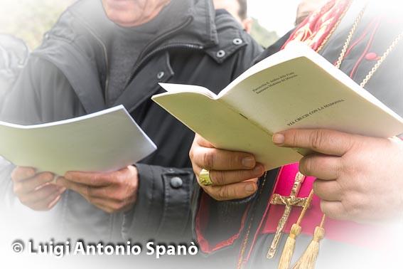 Via Crucis con Il Vescovo Mons. Giuseppe Fiorini Morosini 03-Aprile-2013